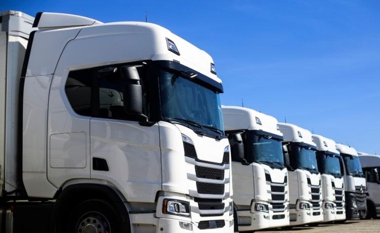 Maantiekuljetukset ja logistiikka Eurooppaan.